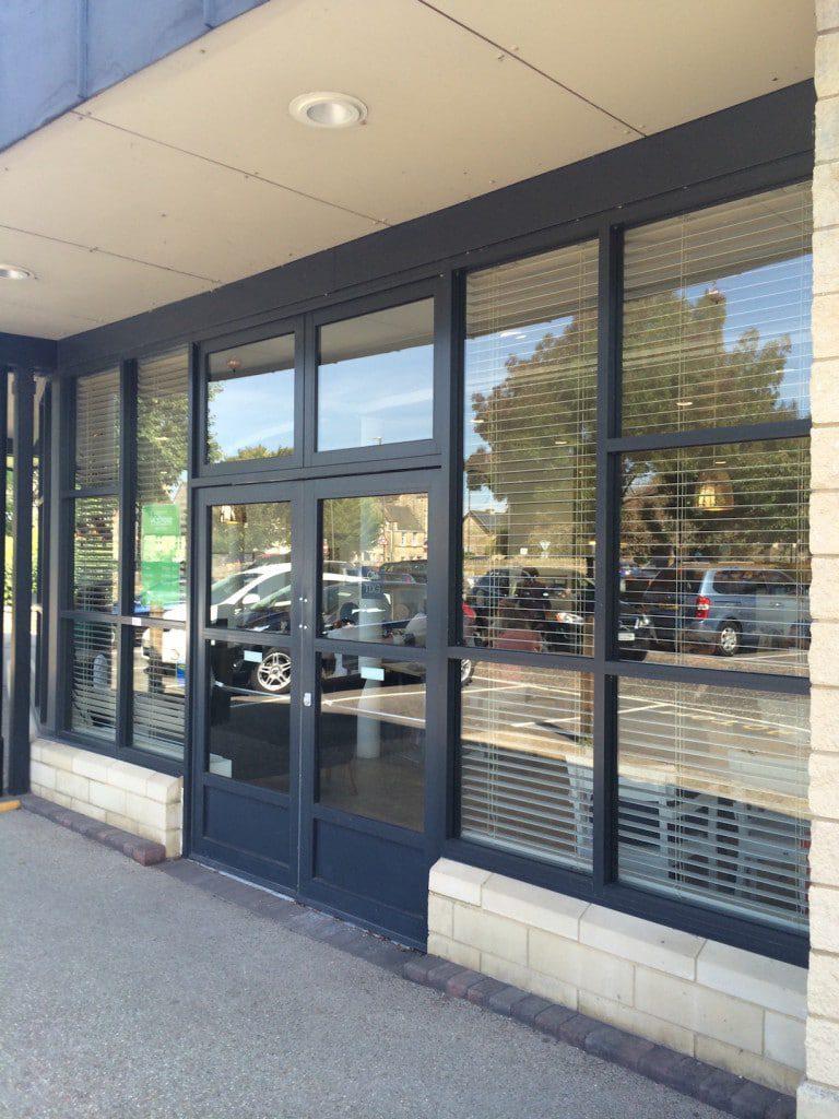 Kawneer 190 And 350 Commercial Aluminium Doors Ats